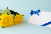 Yellow roses and message cards Stock photo [5080348] Yellow